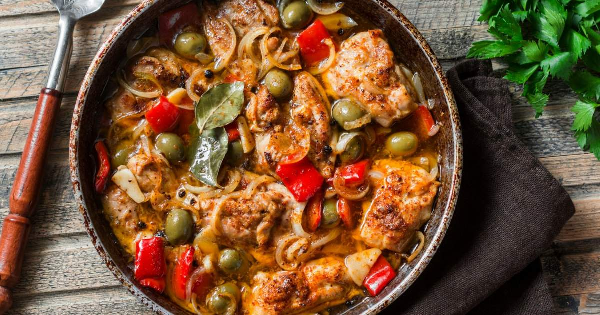 Slow Cooker Mediterranean Chicken - Slender Kitche...