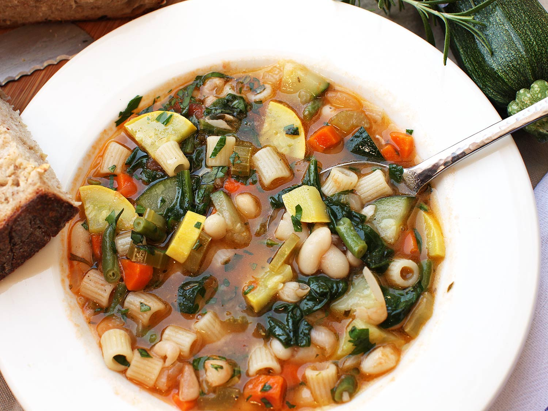 20161226-vegetarian-soup-recipe-roundups-05.jpg