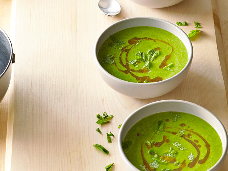Creamy Spinach Chickpea Soup