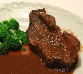 Slow Cooked Beef Short Ribs in Wine Sauce Recipe