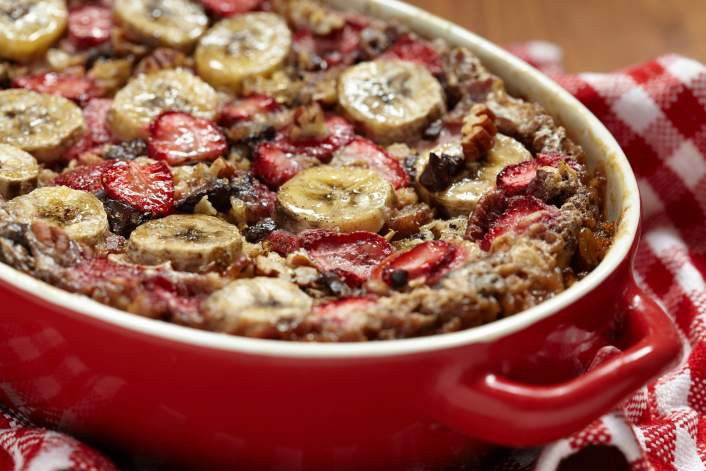 This Strawberry Banana Baked Oatmeal in this week