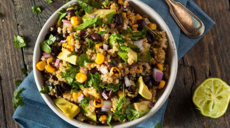Southwest Quinoa Salad with Black Beans, Corn, and...