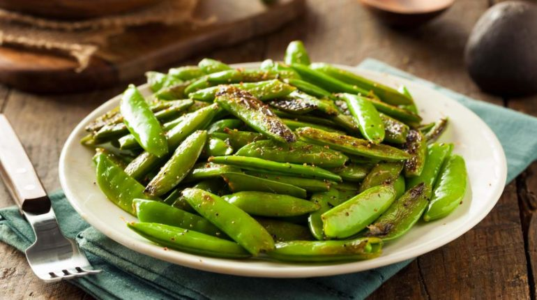 Garlic Sugar Snap Peas - Slender Kitchen