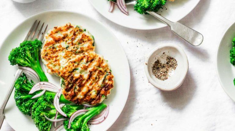Chicken and Zucchini Burgers - Slender Kitchen