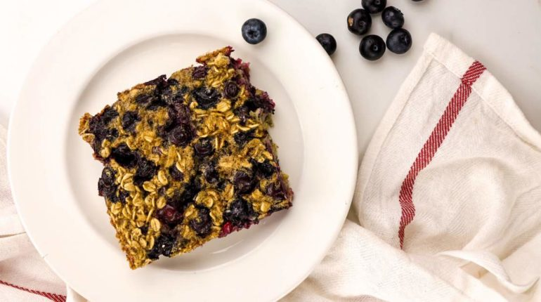 Baked Blueberry Buttermilk Oatmeal - Slender Kitch...